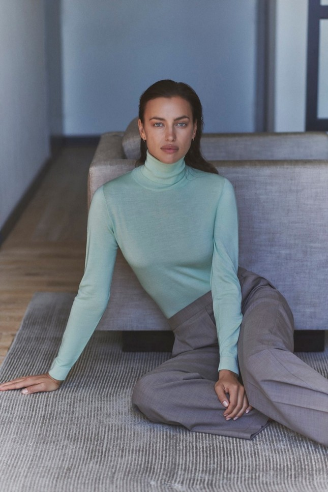 Irina Shayk thần thái cuốn hút như ngôi sao điện ảnh trên phố ảnh 12