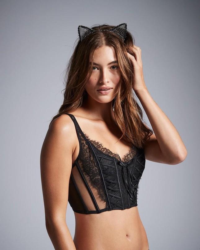 Dàn mẫu quyến rũ đầy sức sống với nội y Victoria's Secret Holiday 2020 ảnh 9