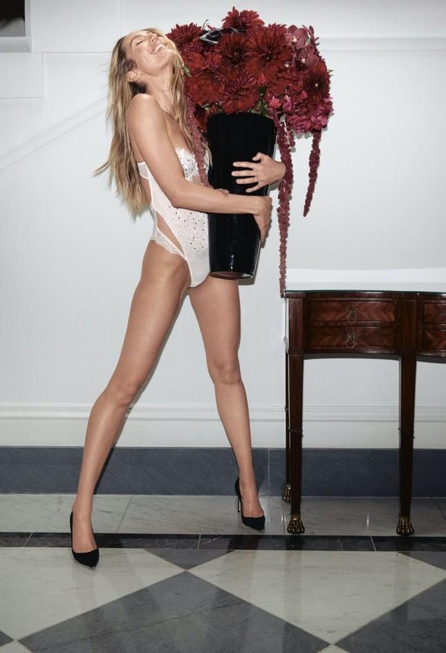 Dàn mẫu quyến rũ đầy sức sống với nội y Victoria's Secret Holiday 2020 ảnh 2