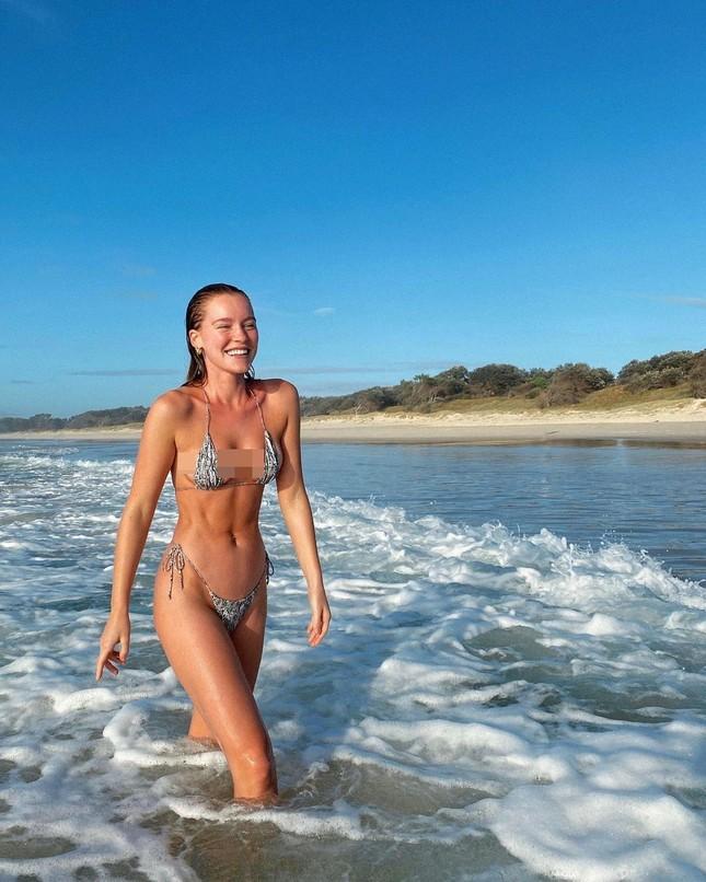 Dáng thon nuột nà đầy sức sống của 'chân dài' Georgia Gibbs ảnh 6