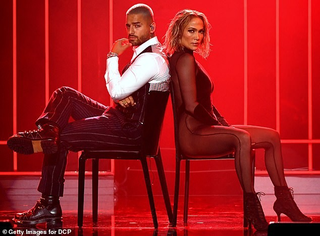 Hình thể rực lửa tuổi ngũ tuần của Jennifer Lopez ảnh 14