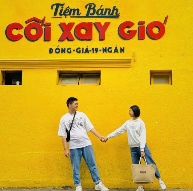 Bức tường vàng 'Tiệm bánh Cối Xay Gió' ở Đà Lạt sắp biến mất làm dân mạng tiếc nuối ảnh 2
