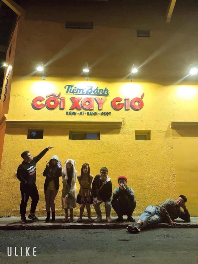 Bức tường vàng 'Tiệm bánh Cối Xay Gió' ở Đà Lạt sắp biến mất làm dân mạng tiếc nuối ảnh 5