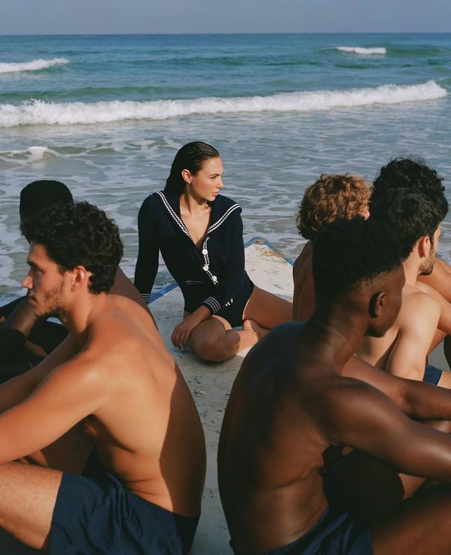 Mỹ nhân Israel Gal Gadot khoe sắc vóc tuyệt mỹ ảnh 9