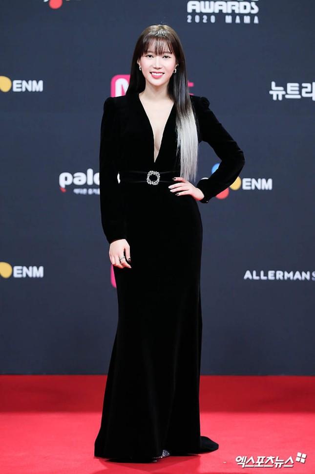 Người đẹp xứ Hàn nổi bật như nữ thần chiếm spotlight thảm đỏ ảnh 12