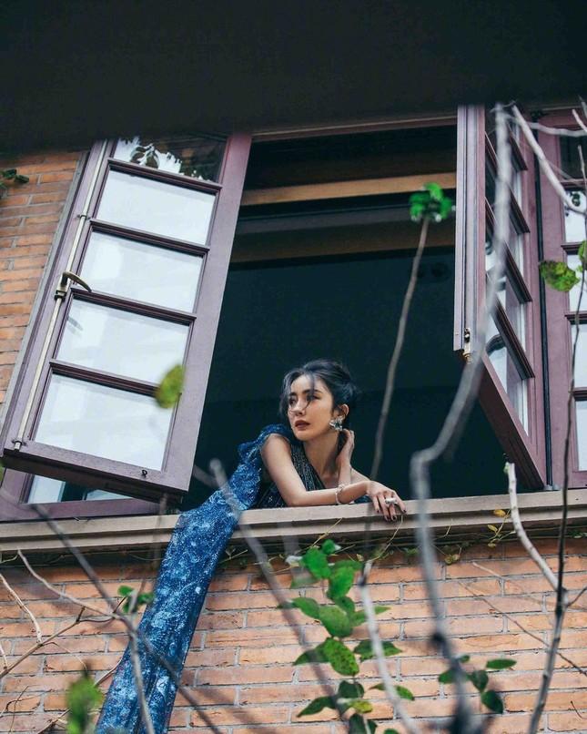 Ngắm quý cô độc thân xinh đẹp Dương Mịch 'phủ sóng' hình ảnh khắp mạng xã hội ảnh 13