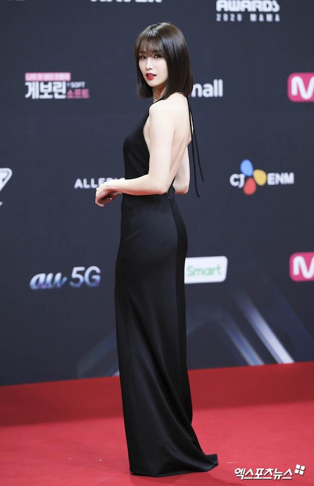 Người đẹp xứ Hàn nổi bật như nữ thần chiếm spotlight thảm đỏ ảnh 11
