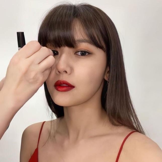 Người đẹp xứ Hàn nổi bật như nữ thần chiếm spotlight thảm đỏ ảnh 8