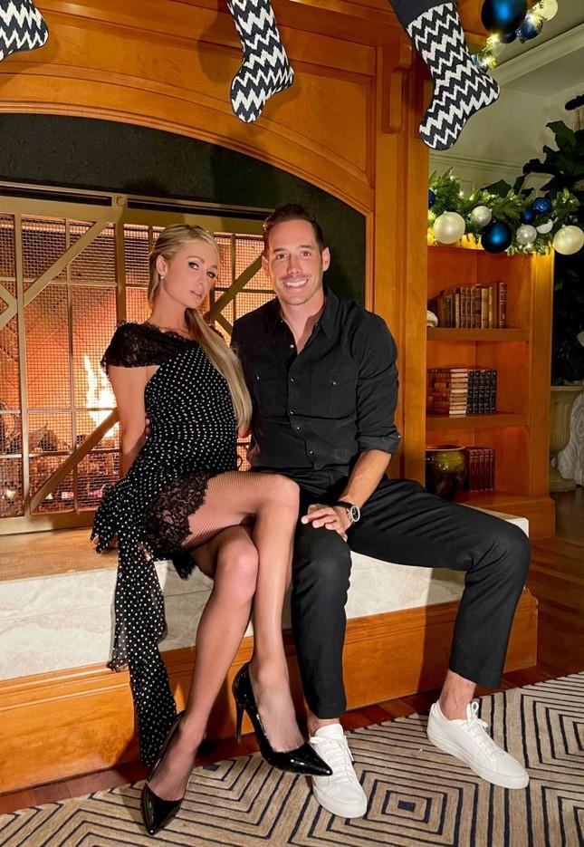 Ảnh bikini siêu gợi cảm của Paris Hilton ở đảo thiên đường ảnh 13