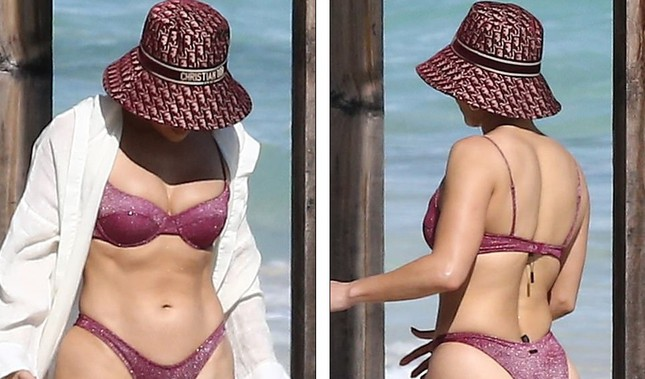 Dạo biển cùng hôn phu, Jennifer Lopez thả dáng rực lửa tuổi 51 ảnh 7