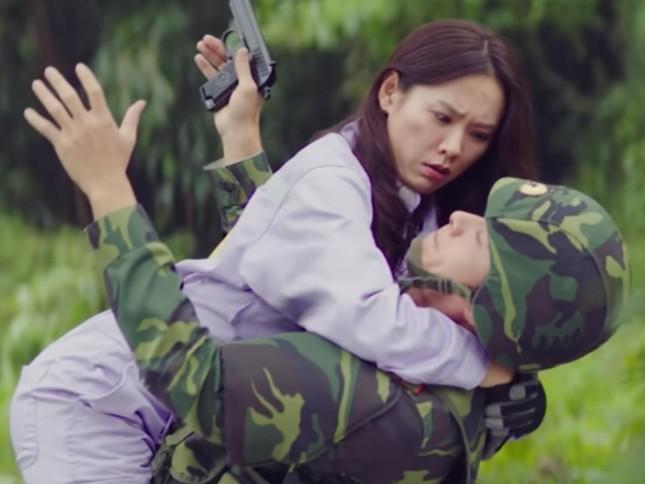 Son Ye Jin đón tuổi 39 ngập hoa và quà, fan tái hiện khoảnh khắc 'hạ cánh nơi anh' ảnh 1