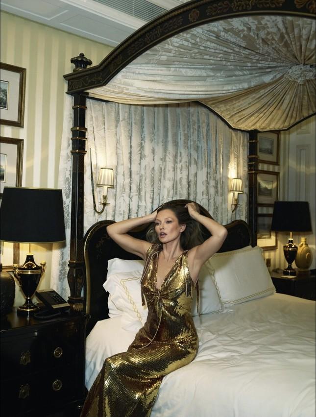 Kate Moss U50 gợi cảm đầy sức sống ảnh 10