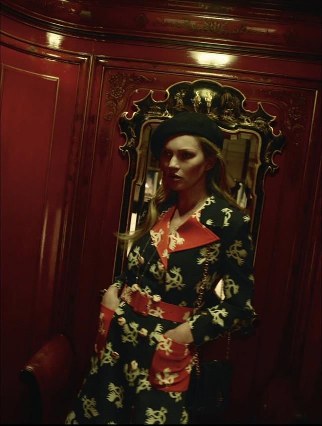 Kate Moss U50 gợi cảm đầy sức sống ảnh 14
