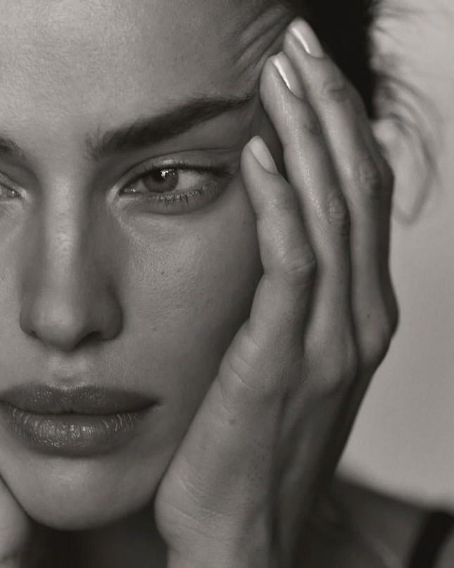 Siêu mẫu Nga Irina Shayk khoe chân dài miên man ảnh 5