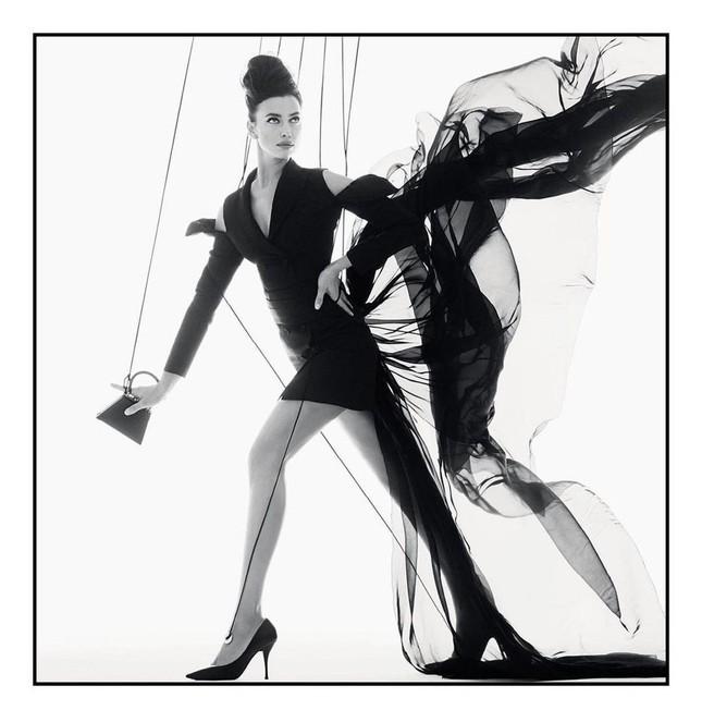 Siêu mẫu Nga Irina Shayk khoe chân dài miên man ảnh 3