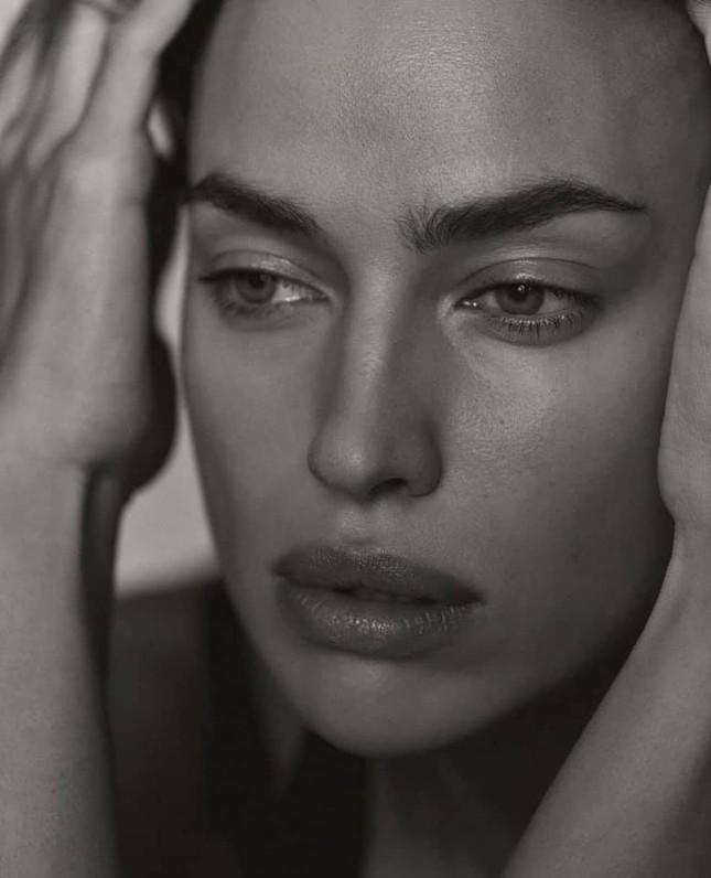 Siêu mẫu Nga Irina Shayk khoe chân dài miên man ảnh 4