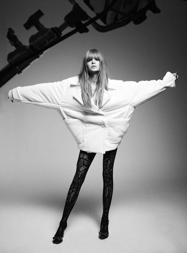 Siêu mẫu Đan Mạch quá đỗi gợi cảm với chân dài miên man ảnh 15