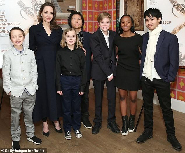 Angelina Jolie 45 tuổi quyến rũ với thần thái đỉnh cao ảnh 5