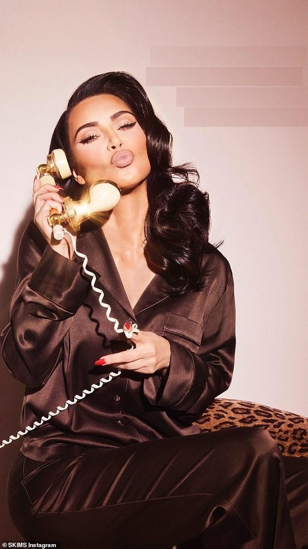 Kim Kardashian 40 tuổi vẫn quyến rũ làm say lòng phái mạnh ảnh 9