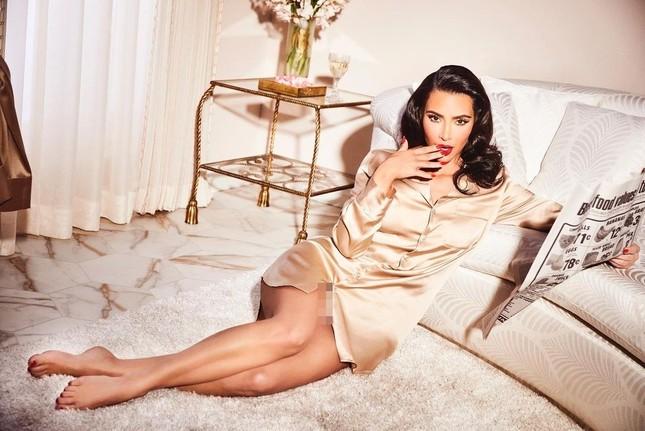Kim Kardashian 40 tuổi vẫn quyến rũ làm say lòng phái mạnh ảnh 1