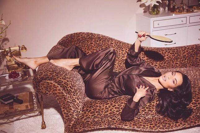 Kim Kardashian 40 tuổi vẫn quyến rũ làm say lòng phái mạnh ảnh 8