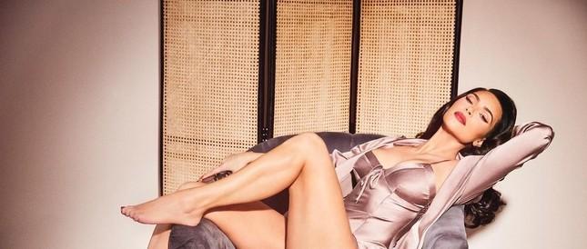Kim Kardashian 40 tuổi vẫn quyến rũ làm say lòng phái mạnh ảnh 3