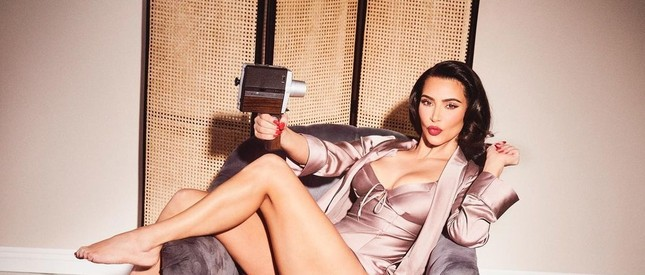 Kim Kardashian 40 tuổi vẫn quyến rũ làm say lòng phái mạnh ảnh 4