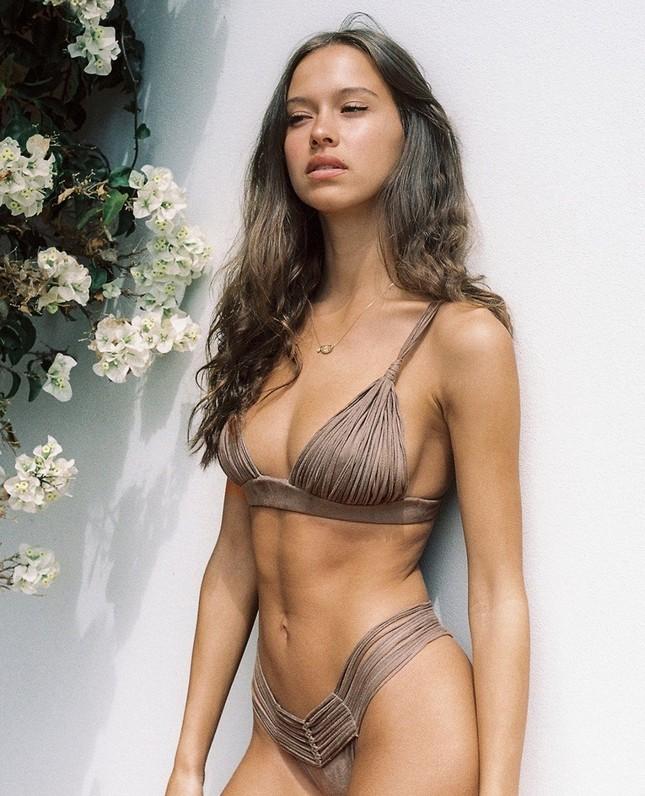 Nhan sắc ngọt ngào, thân hình tuyệt mỹ của nàng mẫu đôi mươi Isabelle Mathers ảnh 5