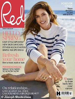 Mê đắm sắc vóc của siêu mẫu huyền thoại Cindy Crawford ở tuổi 54 ảnh 1