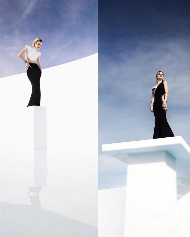 Những bức hình gợi cảm táo bạo của người mẫu Mỹ Meredith Mickelson ảnh 9
