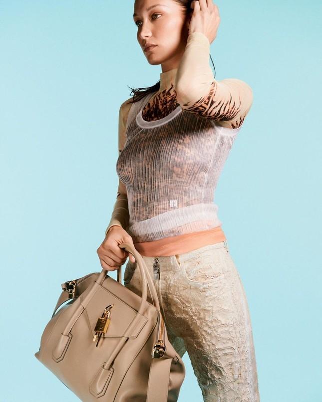 Bella Hadid khoe đường cong siêu mẫu ảnh 6