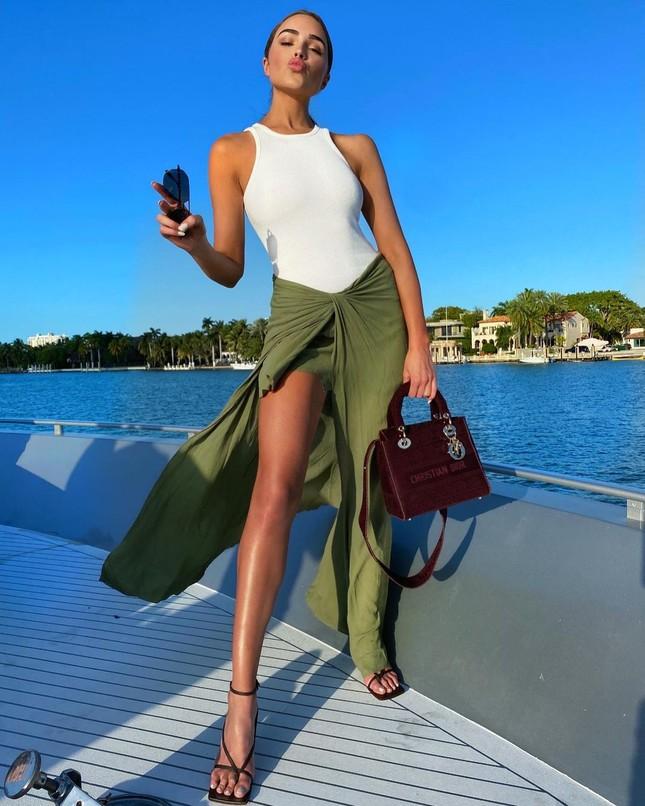 Hoa hậu Hoàn vũ Olivia Culpo quyến rũ rạng ngời ở Miami ảnh 6