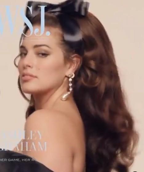 Người mẫu béo Ashley Graham tự tin với đường cong ngoại cỡ ảnh 2