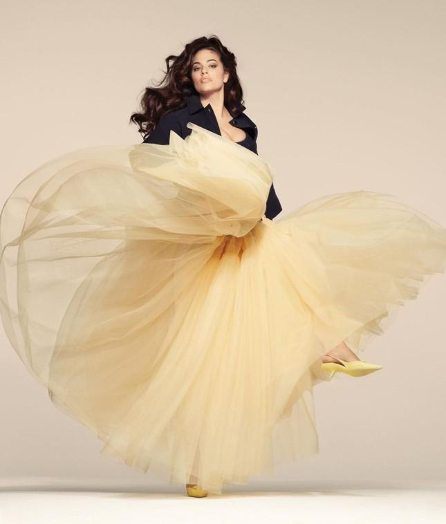 Người mẫu béo Ashley Graham tự tin với đường cong ngoại cỡ ảnh 3