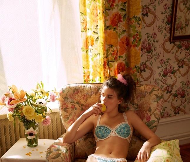 'Chân dài' sinh năm 2000 làm mẫu nội y Victoria's Secret ảnh 6