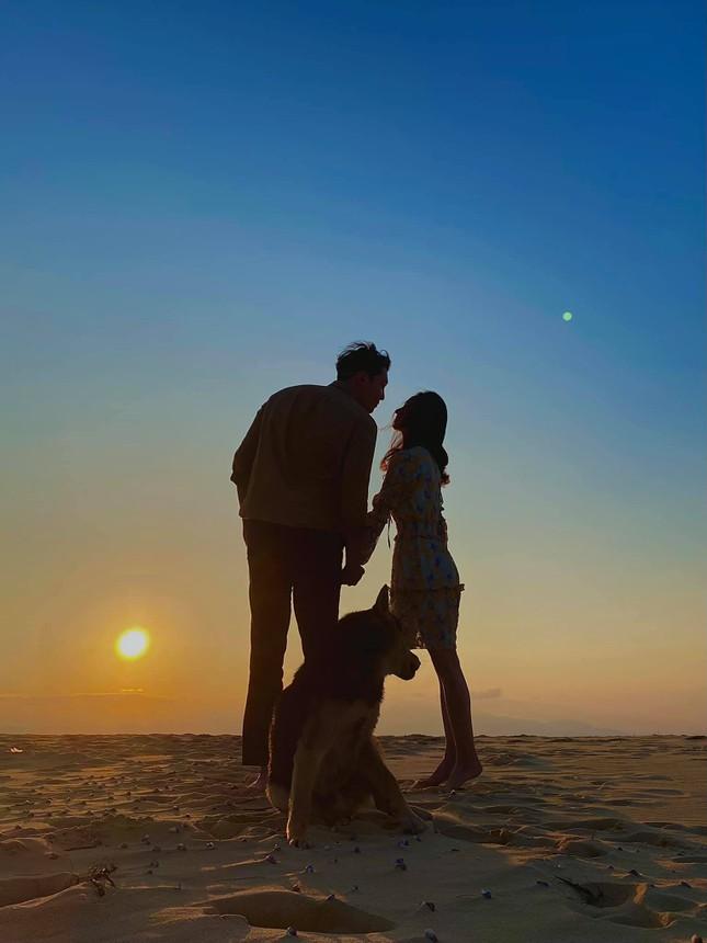Cô gái Việt dẫn bạn trai Hàn ngắm cảnh đẹp nao lòng ở Huế ảnh 14