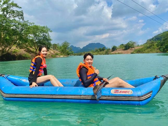 Cô gái Việt dẫn bạn trai Hàn ngắm cảnh đẹp nao lòng ở Huế ảnh 16