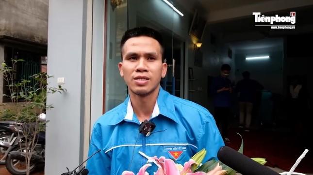 Dù nói 'không hoàn toàn đỡ được bé', Nguyễn Ngọc Mạnh vẫn được dân mạng khen ngợi ảnh 1