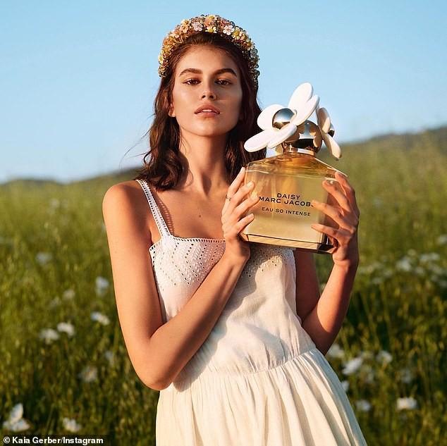 Con gái 10X của siêu mẫu huyền thoại Cindy Crawford xinh tựa nàng thơ ảnh 1