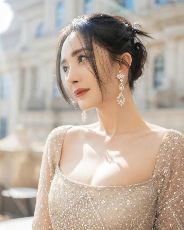 Dương Mịch quá đẹp với nhan sắc nữ thần, tiết lộ năm xưa không một ai theo đuổi ảnh 15