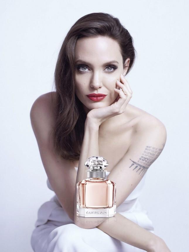 Vụ Angelina Jolie tố Brad Pitt dùng bạo lực gia đình: Maddox làm chứng ảnh 10