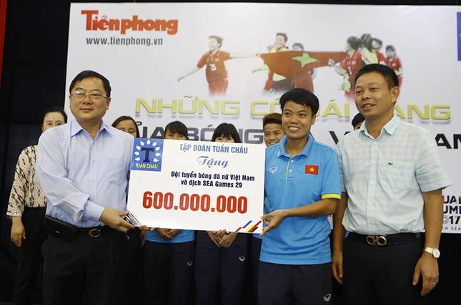 Giao lưu trực tuyến với những 'cô gái vàng' bóng đá Việt ảnh 5