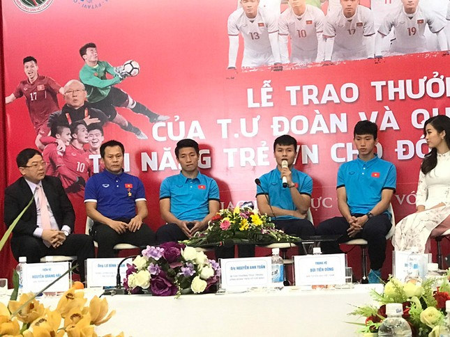 U23 Việt Nam: 'Không quản mưa tuyết, cứ ra sân là 'chiến' thôi' ảnh 22