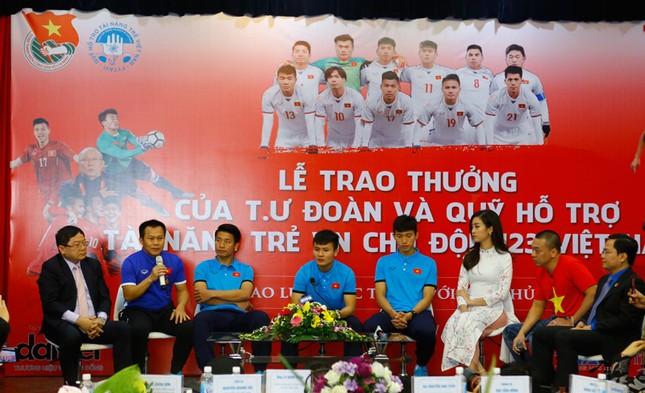 U23 Việt Nam: 'Không quản mưa tuyết, cứ ra sân là 'chiến' thôi' ảnh 32