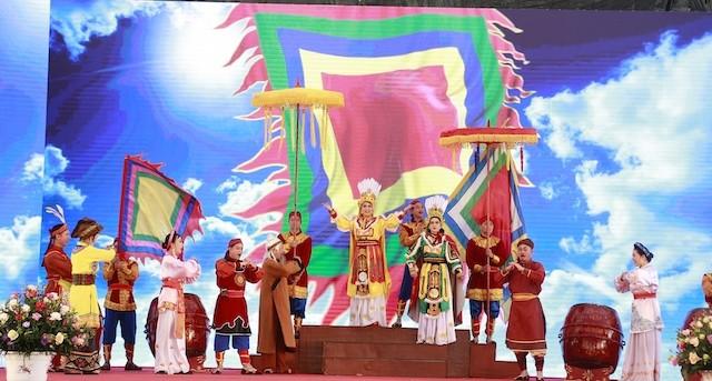 Tưng bừng khai mạc Lễ hội đền Hai Bà Trưng ở Mê Linh ảnh 2