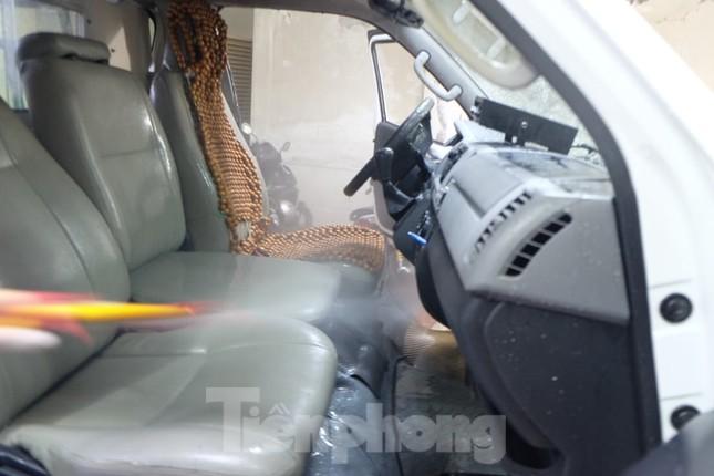 'Chiến sĩ' tuyến đầu chống dịch: Ăn tranh thủ, chuông reo là lên xe ảnh 11