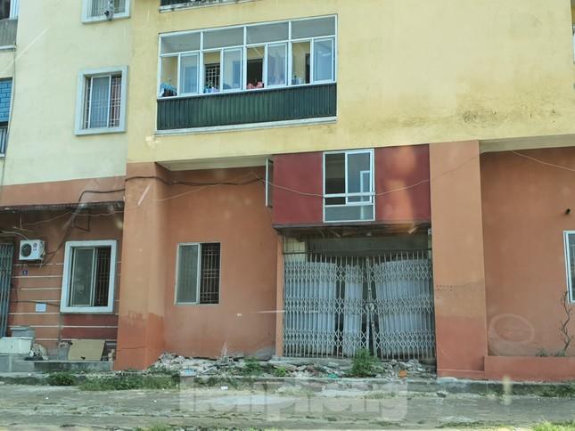 Tận thấy cảnh hoang tàn các khu nhà tái định cư ở Hà Nội ảnh 15