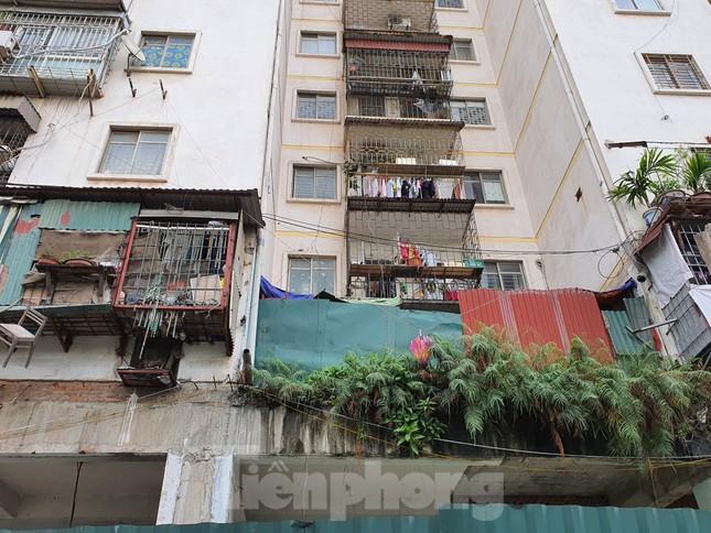Tận thấy cảnh hoang tàn các khu nhà tái định cư ở Hà Nội ảnh 5