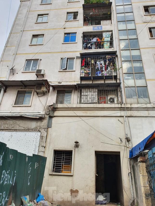 Tận thấy cảnh hoang tàn các khu nhà tái định cư ở Hà Nội ảnh 6