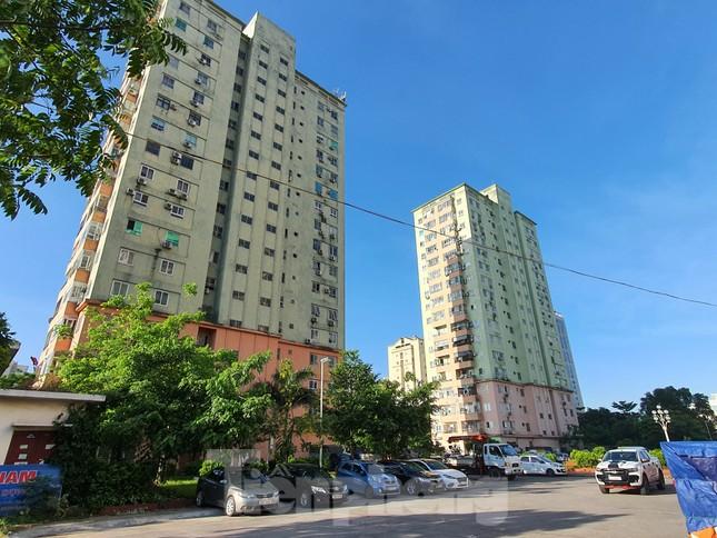 Tận thấy cảnh hoang tàn các khu nhà tái định cư ở Hà Nội ảnh 13